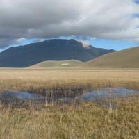 Il Pian Grande di Castelluccio e il Fosso dei Mergani