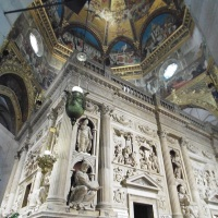 """La Madonna Nera di Loreto e il """"volo"""" della Santa Casa di Nazaret"""